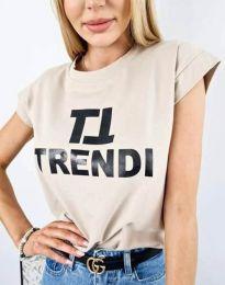 Дамска тениска в бежово с принт - код 2510
