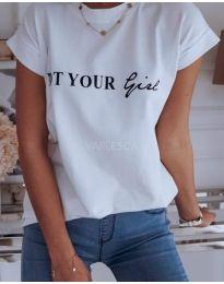 Majica - kod 478 - bijela