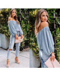 Bluza - kod 6674 - svijetlo plava