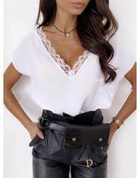 Majica - kod 433 - bijela