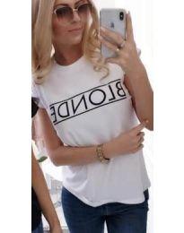 Majica - kod 143 - bijela
