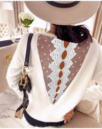 Bluza - kod 7077 - bijela