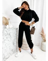 Спортен комплект с висока талия и къса блуза  в черно - код 9320