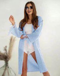 Ефектна дълга плетена дамска жилетка в светлосиньо - код 4539