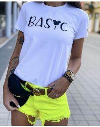 Majica - kod 3017  - 1 - bijela