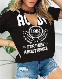 Атрактивна черна тениска с надписи - код 6996