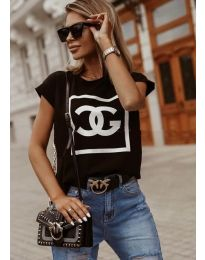 Дамска тениска в черно с принт  - код 6698