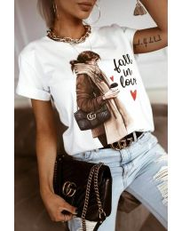 Majica - kod 2114 - bijela