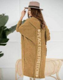 Жилетка дълга плетена с качулка в цвят капучино - код 3162