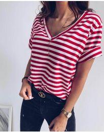 Majica - kod 3141 - crvena