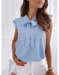 Bluza - kod 300 - svijetlo plava