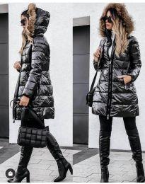 Дълго зимно дамско черно яке с цип и бежов пух на качулката - код 2086