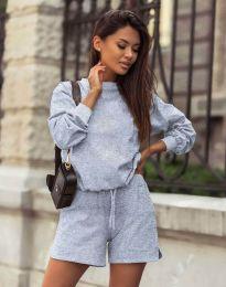 Дамски спортен сет блуза с дълъг ръкав и къси панталони в сиво - код 1057
