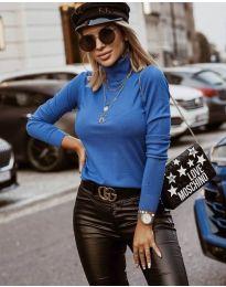 Bluza - kod 8861 - 4 - svijetlo plava