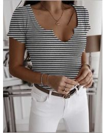 Majica - kod 3667 - bijela