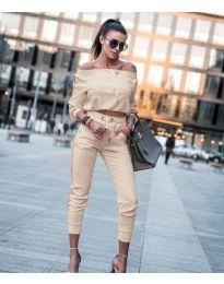 Дамски комплект блуза и панталон в бежово - код 6567