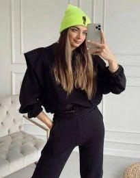 Спортен дамски комплект с къс суичър с качулка и долнище в черно - код 8179