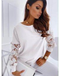 Bluza - kod 4426 - bijela